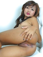 Thai Girl Solo with Babe Pink