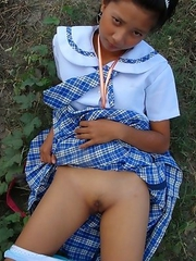 Filipina schoolgirl Sally