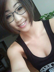 Asian hotties in self-shot non-nude pictures