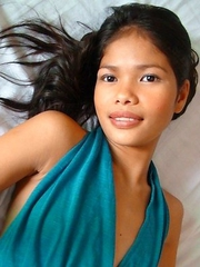 Stunning Filipina teen Anabel